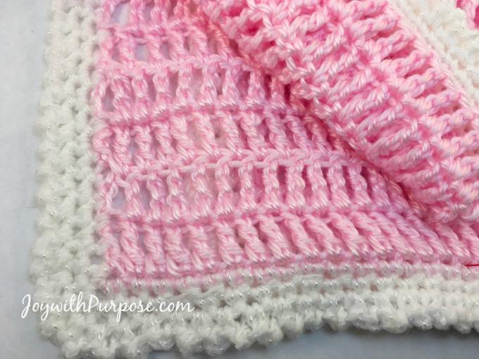 Picot single crochet edge for my easy crocheted baby doll blanket